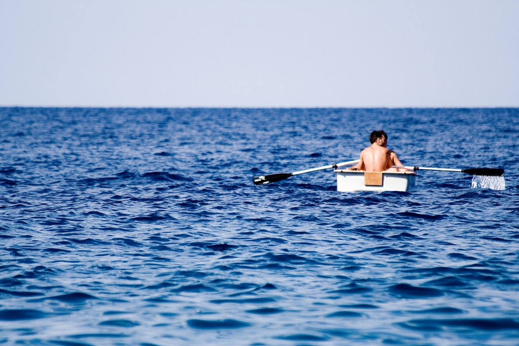 maratea-paddling-into-the-sea