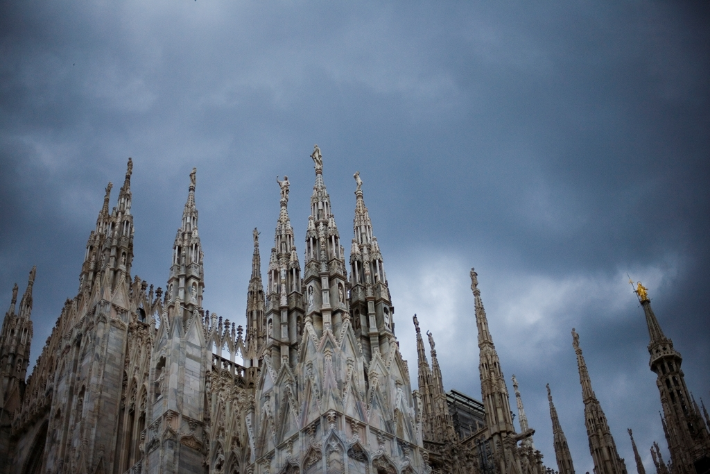 milan-dark-clouds-over-milan