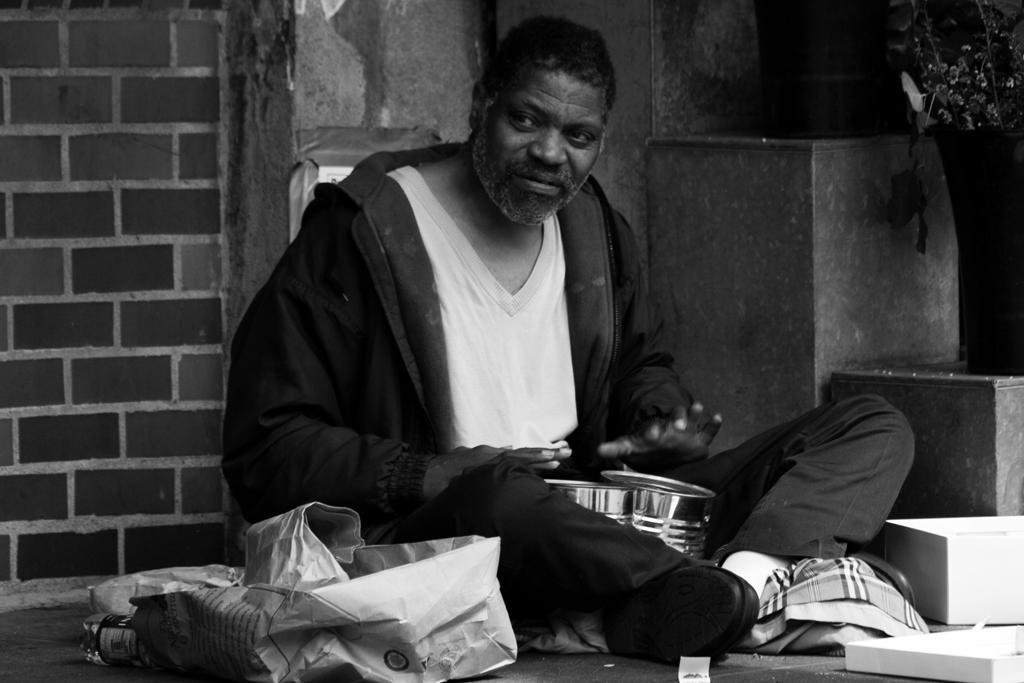 seattle-people-homeless-musician