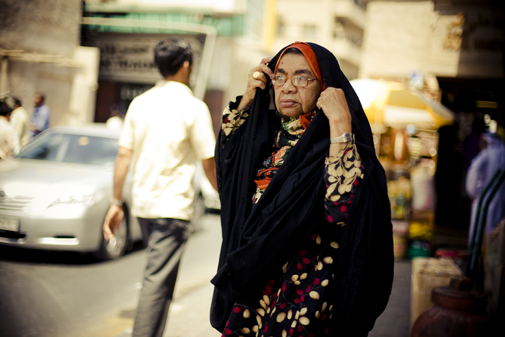 Dubai - Old Woman